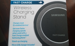 "Samsung ""Fast Charge"" Wireless Charging Stand"